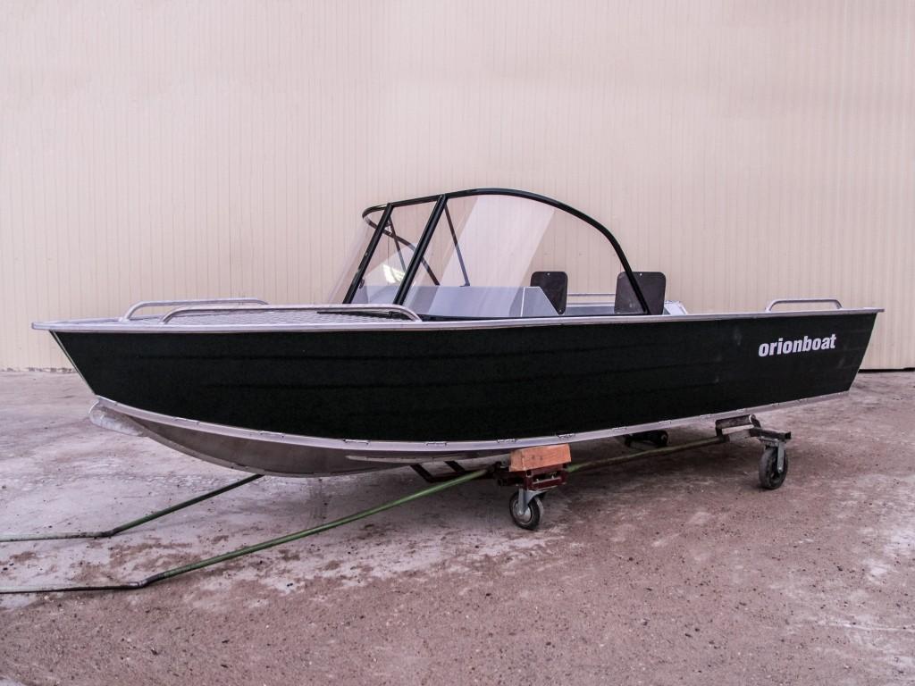 Алюминиевая лодка Orionboat 38К, капотное исполнение