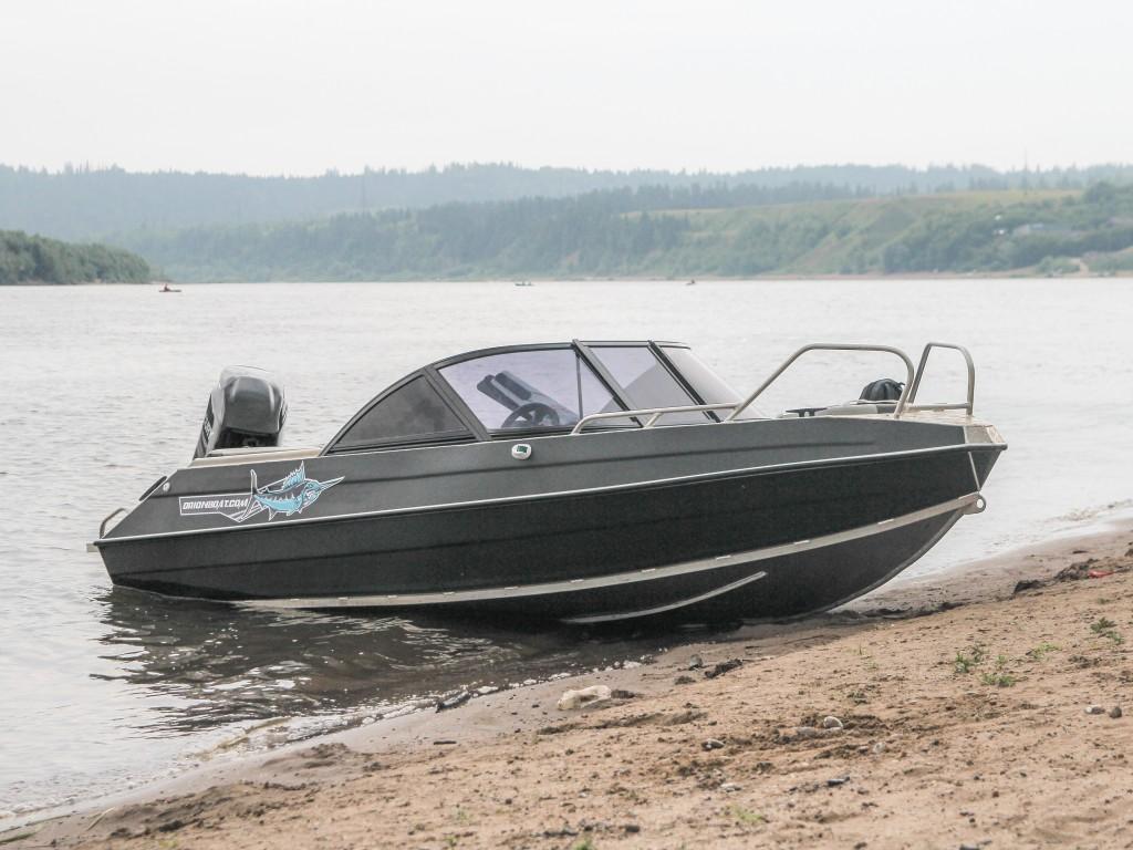 Алюминиевая лодка Orionboat 46ДУ двухконсольная, с промежуточными ветровой форточкой